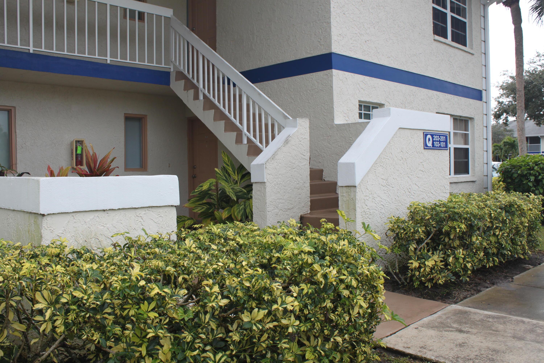 1524 Se Royal Green Circle, Port Saint Lucie, FL 34952