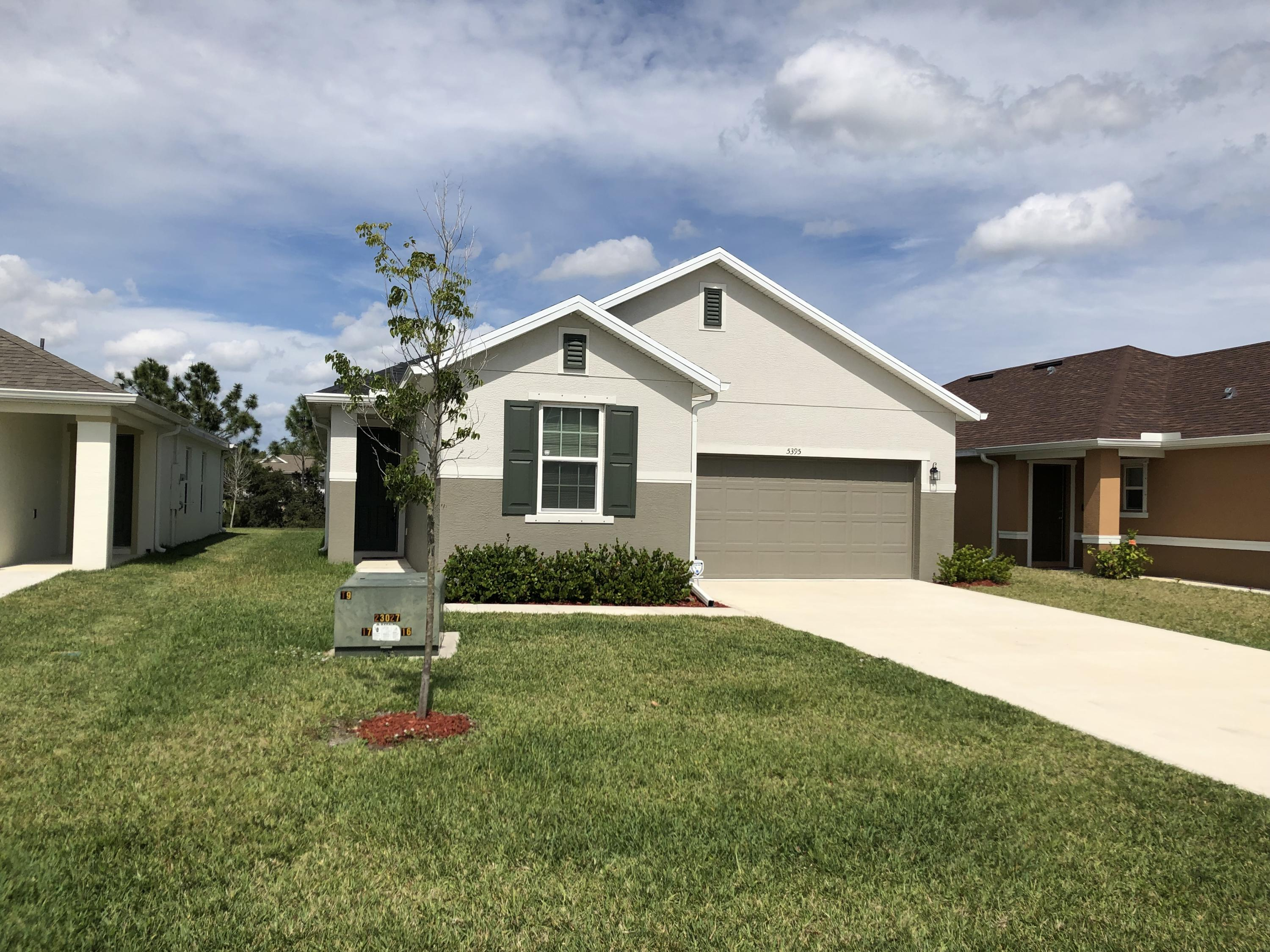 5395 Nw Pine Trail Circle, Port Saint Lucie, FL 34983