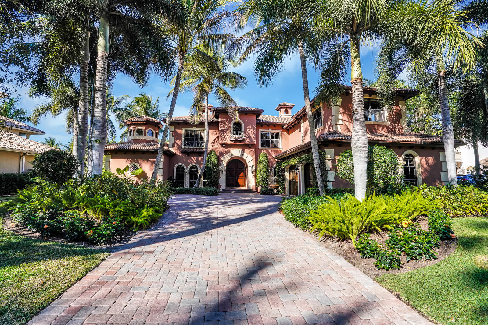 801 Harbour Isles Place, North Palm Beach, Florida