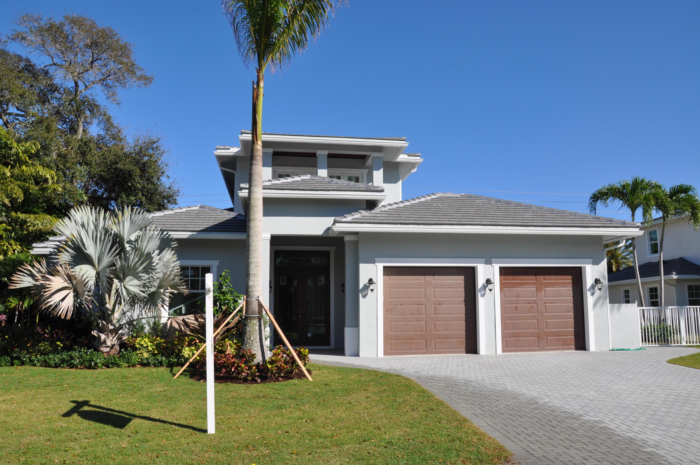 2500 Estates Drive, North Palm Beach, Florida