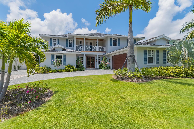 2520 Estates Drive, North Palm Beach, Florida