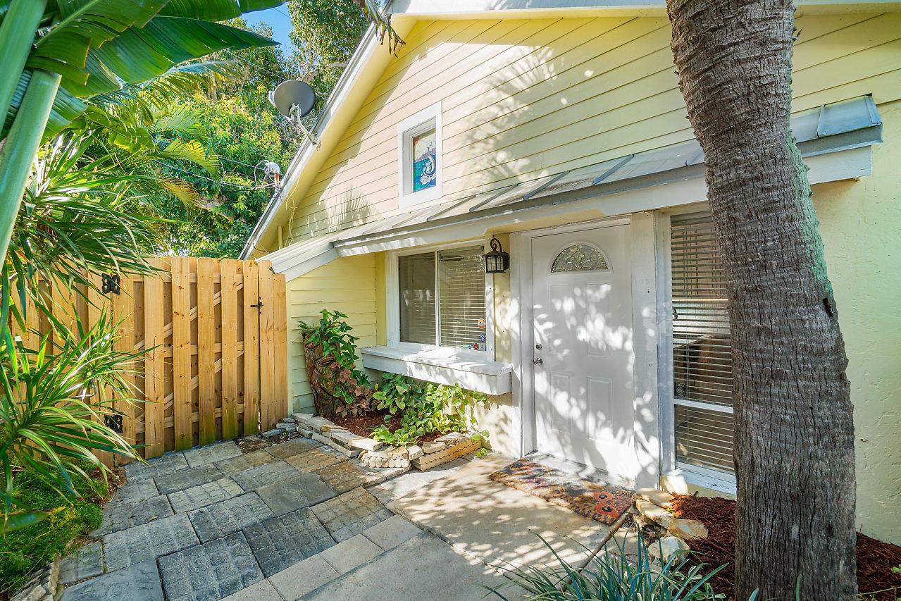 1950 Windsor Drive, North Palm Beach, Florida