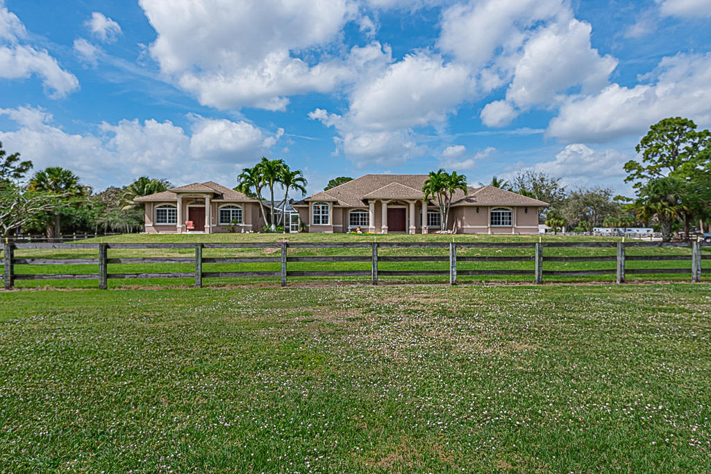 2197 Fawn Drive, one of homes for sale in Loxahatchee