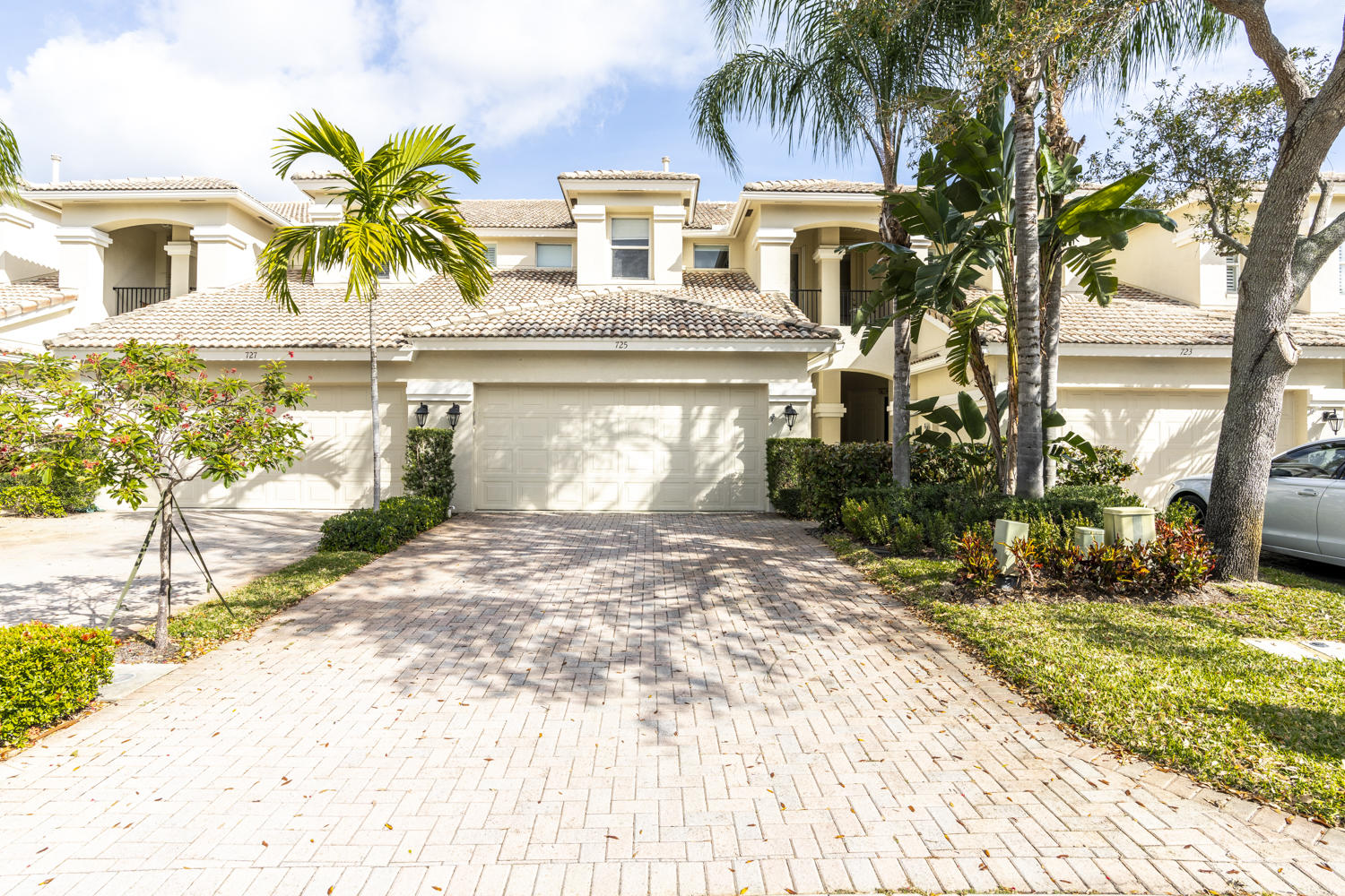 725 Cable Beach Lane, North Palm Beach, Florida