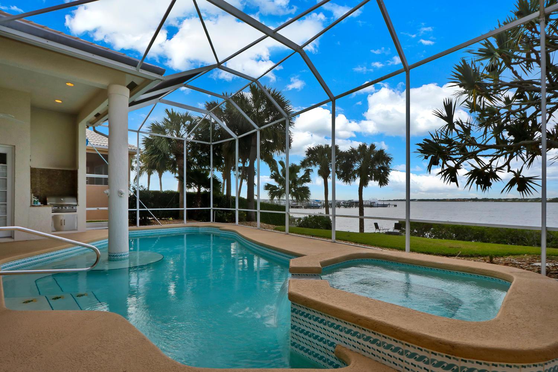 3225 Se Braemar Way, Port Saint Lucie, FL 34952