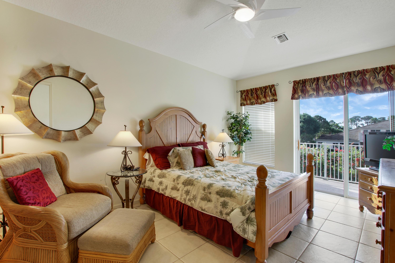 9207 Wentworth Lane, Port Saint Lucie, FL 34986
