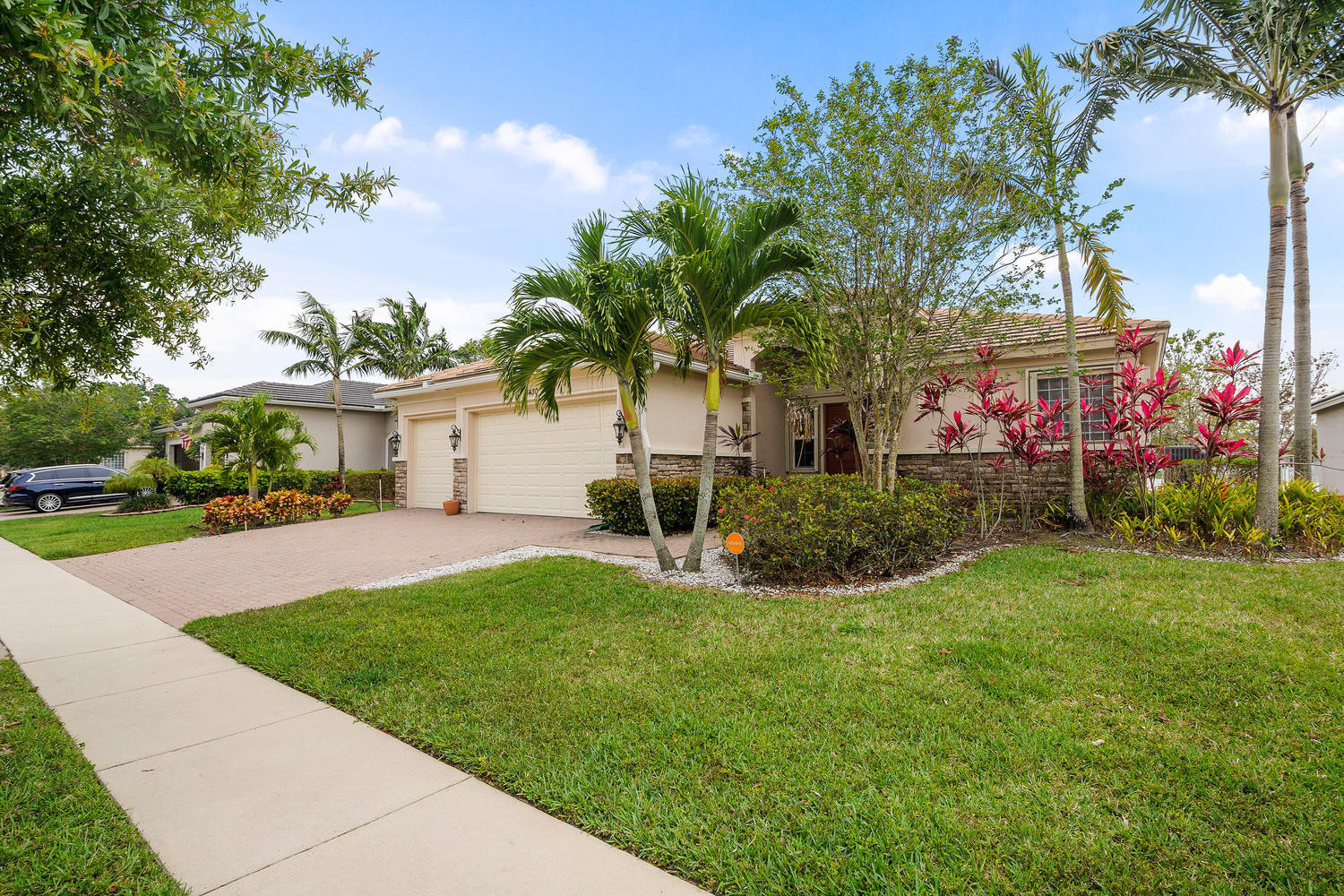 8430 Butler Greenwood Drive, Royal Palm Beach, Florida
