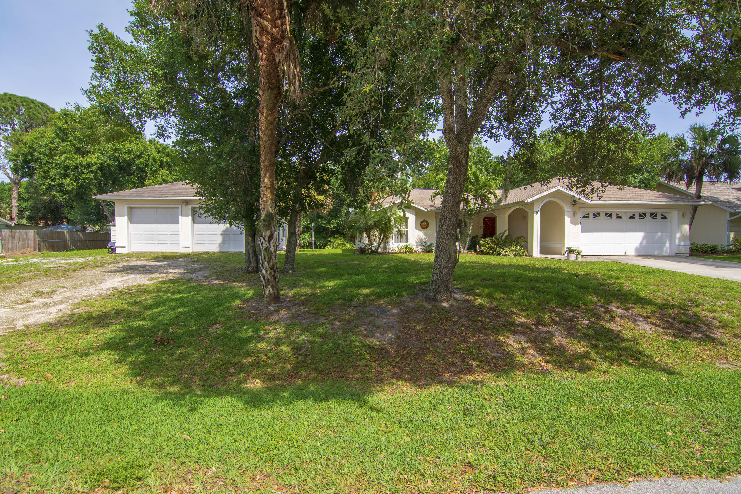 956 35th Avenue SW, Vero Beach in Indian River County, FL 32968 Home for Sale