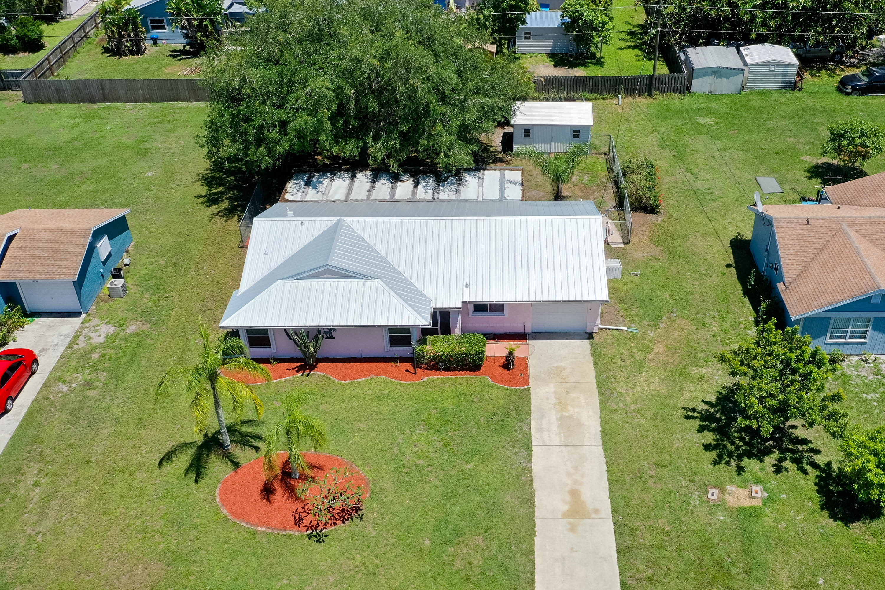 2420 12th Avenue SW, Vero Beach in Indian River County, FL 32962 Home for Sale