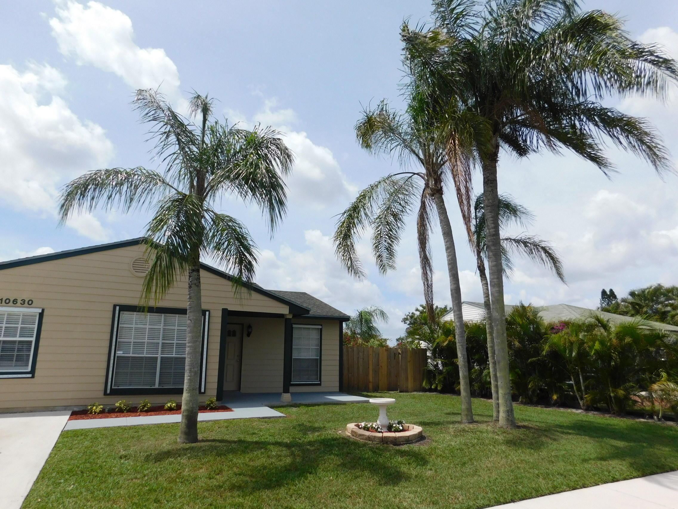 10630 Fascination Lane, Royal Palm Beach, Florida
