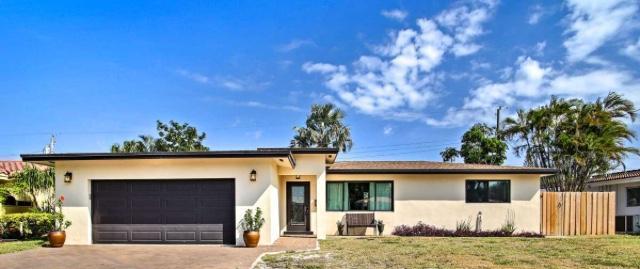 2183 NE 59th Court, Sea Ranch Lakes, Florida