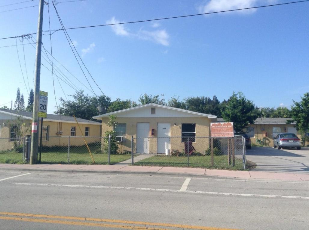 Rental Homes for Rent, ListingId:24289114, location: 320 SE Martin Luther King Jr Boulevard Stuart 34994