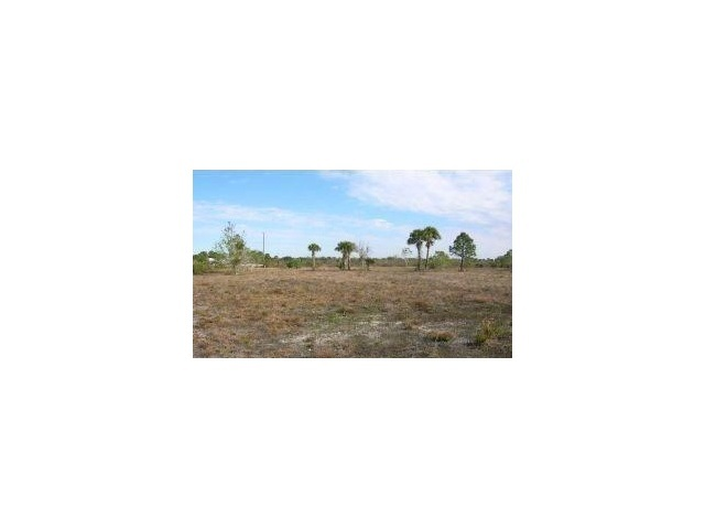 20.5 acres in Okeechobee, Florida