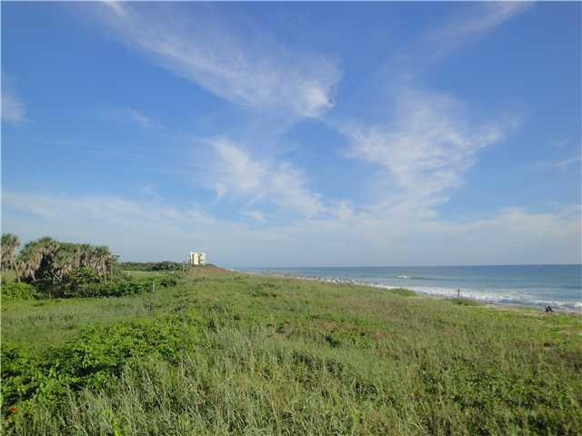 Land for Sale, ListingId:30526450, location: 7700 S Ocean Drive Jensen Beach 34957