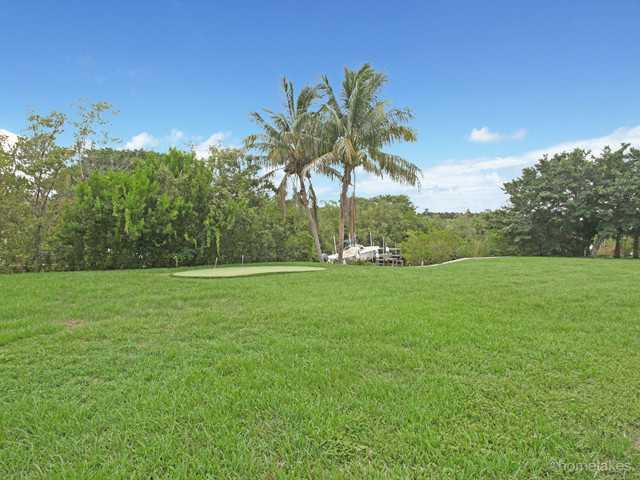 12383 Plantation Ln, North Palm Beach, FL 33408