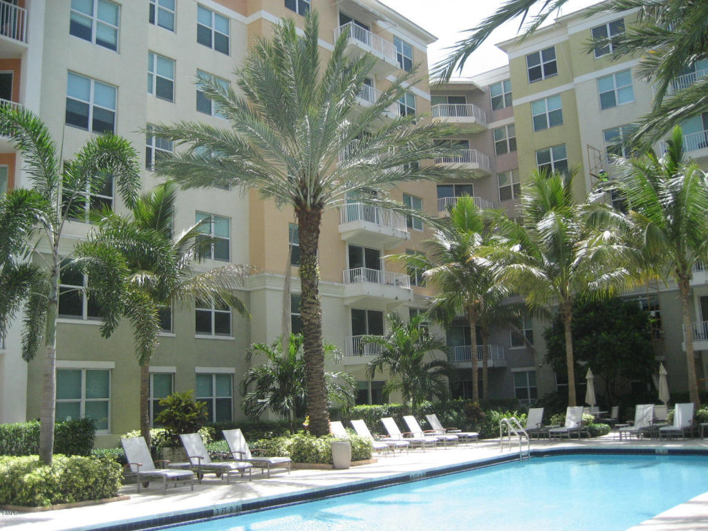 Rental Homes for Rent, ListingId:24164627, location: 804 E Windward Way Lantana 33462