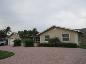 1710 Rio Vista Dr, Fort Pierce, FL 34949