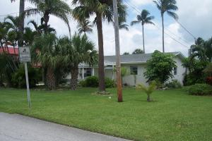 1916 Rio Vista Dr, Fort Pierce, FL 34949