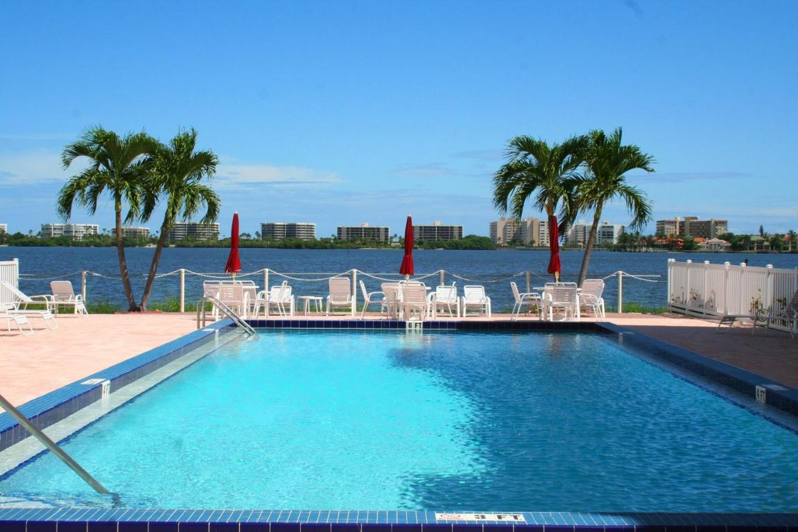 Rental Homes for Rent, ListingId:24638777, location: 1502 S Lakeside Drive Lake Worth 33460