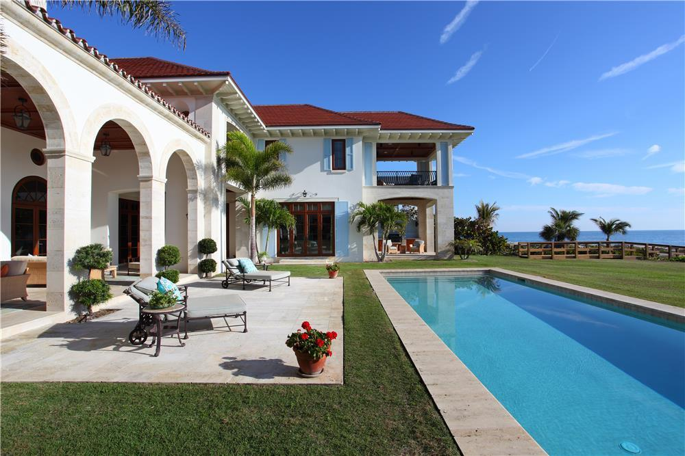 Single Family Home for Sale, ListingId:24717302, location: 1920 S Highway A1a Vero Beach 32963