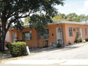 Rental Homes for Rent, ListingId:24976784, location: 521 1/2 44th Street West Palm Beach 33407