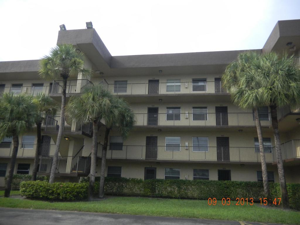 3101 NW 47th Ter # 4-221, Lauderdale Lakes, FL 33319