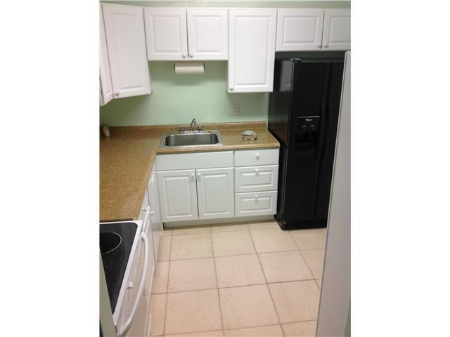 Rental Homes for Rent, ListingId:25142266, location: 470 W Executive Center Drive West Palm Beach 33401