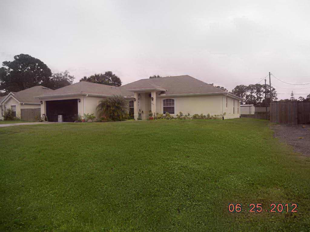7905 Palomar St, Fort Pierce, FL 34951