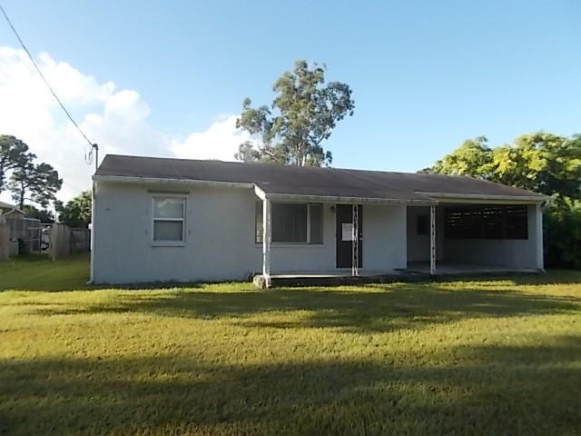 113 E Easy St, Fort Pierce, FL 34982