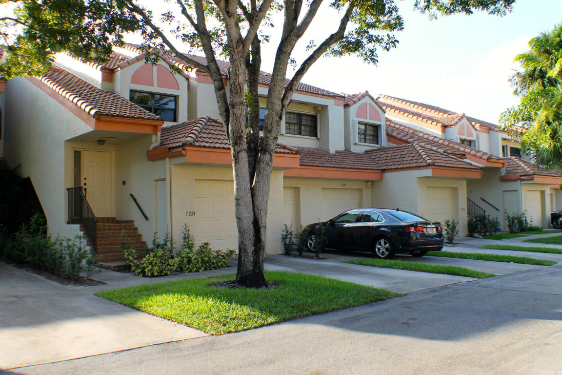 3222 Laurel Oaks Ln # 503, Hollywood, FL 33021