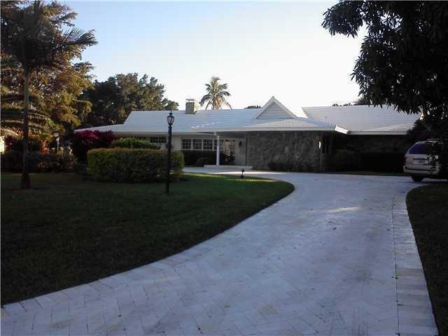 Rental Homes for Rent, ListingId:25565853, location: 253 N Country Club Drive Lake Worth 33462