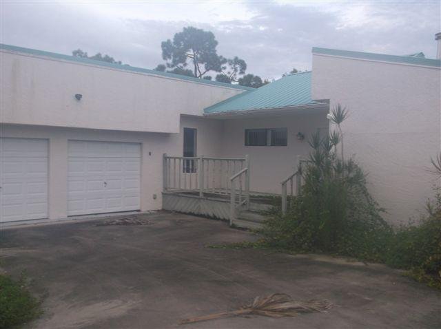 4705 Seagrape Dr, Fort Pierce, FL 34982