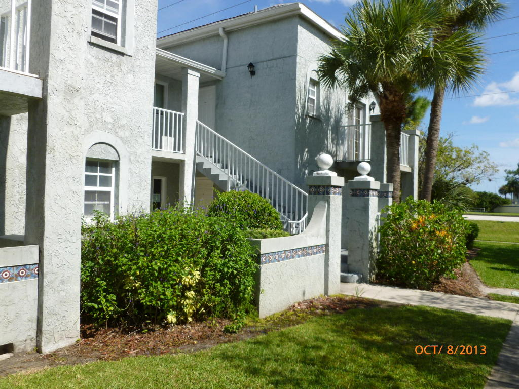 Single Family Home for Sale, ListingId:25652347, location: 1625 SE Green Acres Circle Pt St Lucie 34952