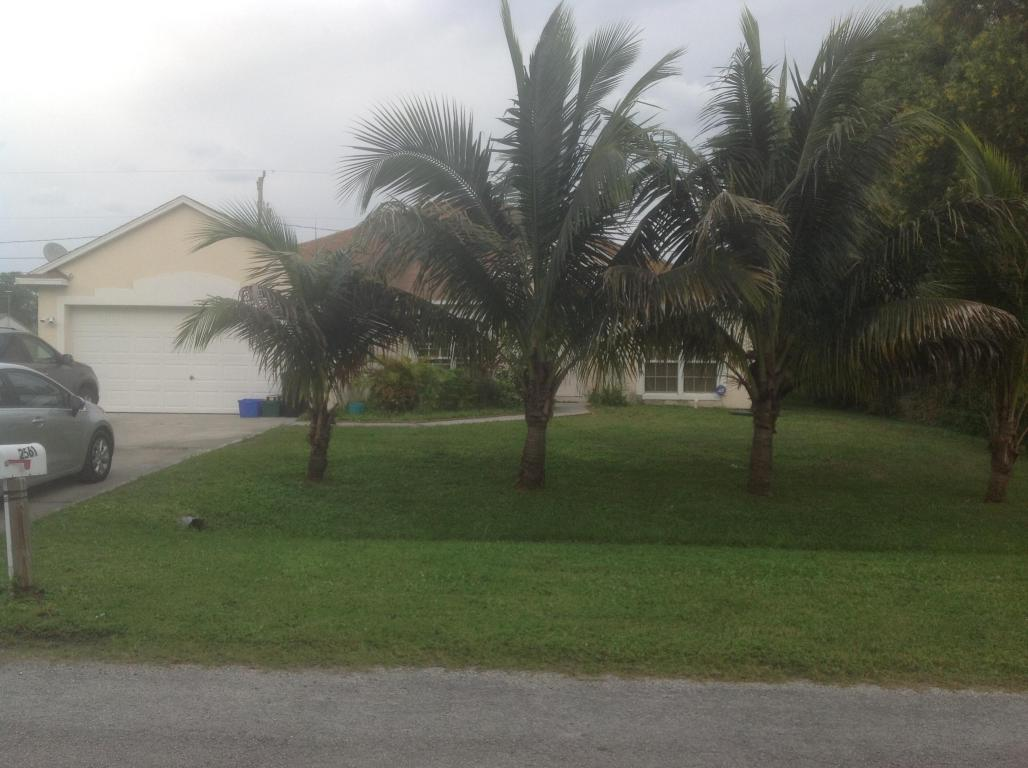 2561 Se Lakewood St, Port St Lucie, FL 34952