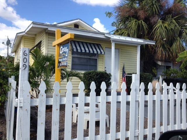 Rental Homes for Rent, ListingId:25704896, location: 609 N M Street Lake Worth 33460