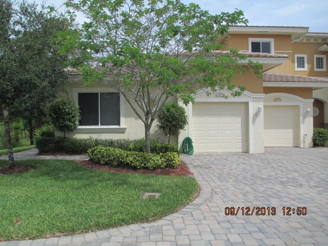 2561 Stockbridge Sq Sw, Vero Beach, FL 32962