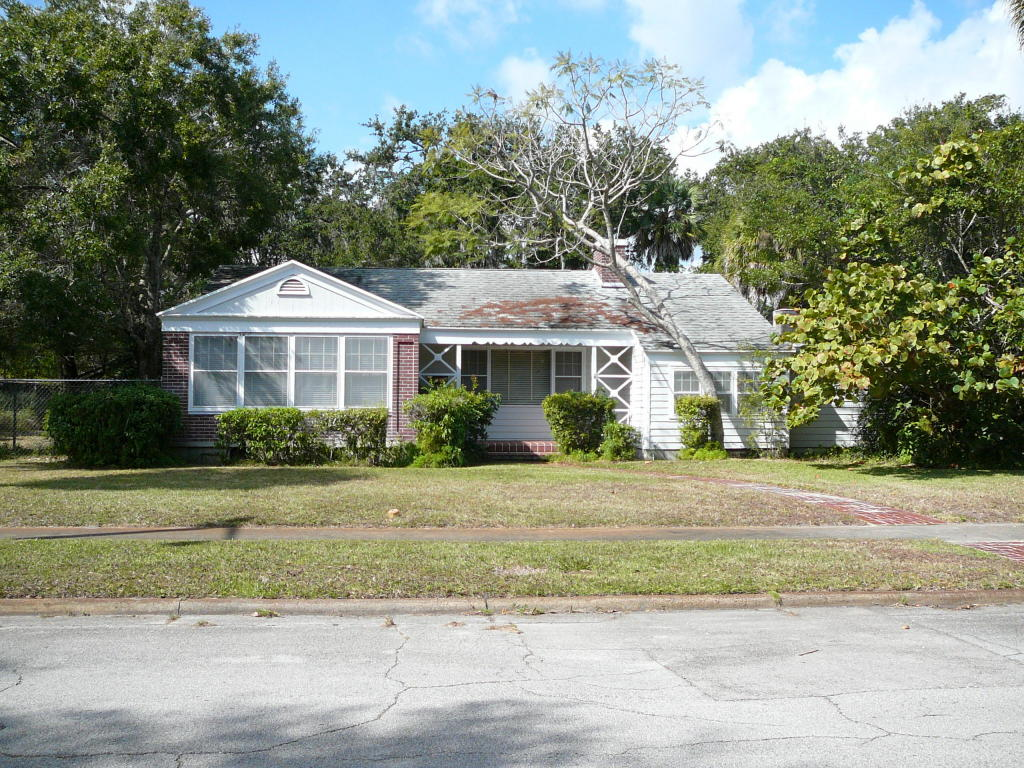 703 S 9th St, Fort Pierce, FL 34950