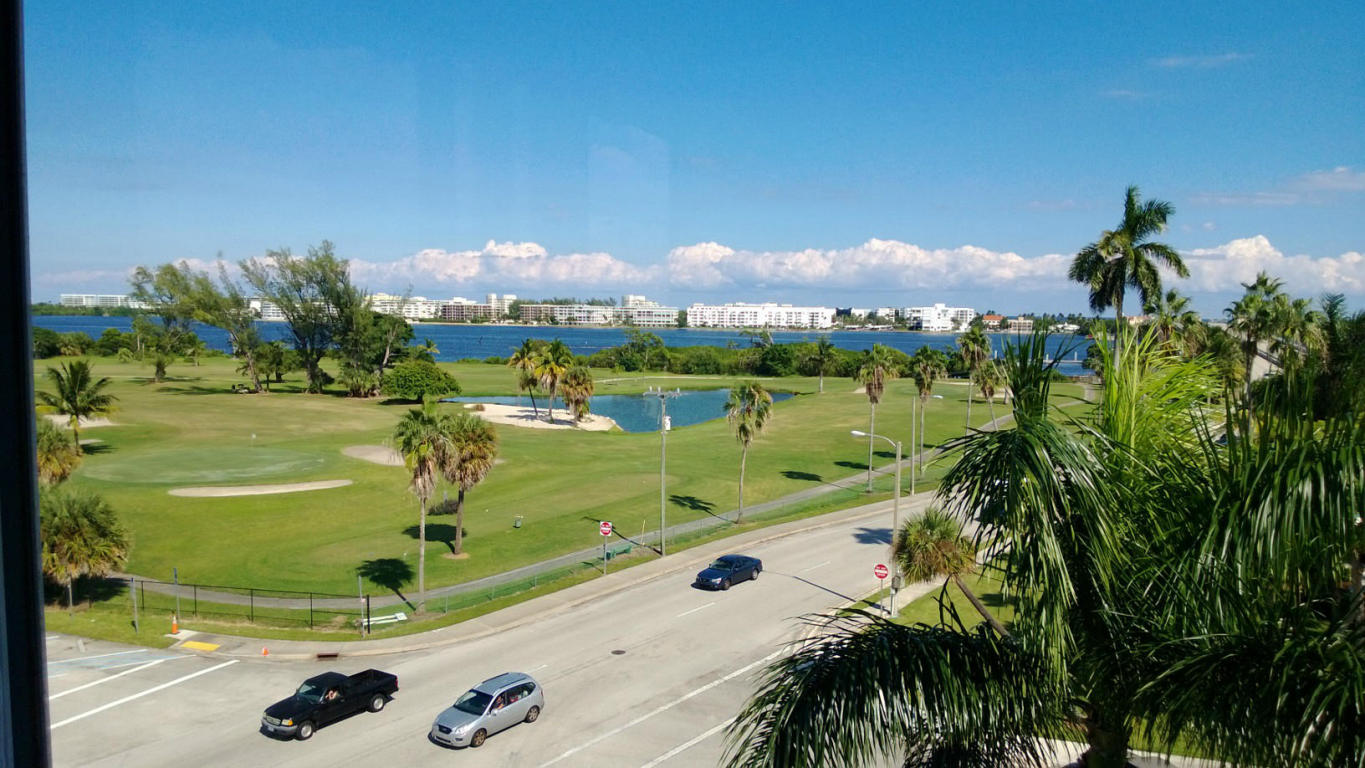 Rental Homes for Rent, ListingId:25758890, location: 1 N Golfview Road Lake Worth 33460