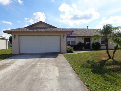 544 Sw Dailey Ave, Port Saint Lucie, FL 34953