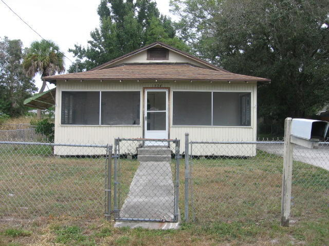 1224 Raymond Ave, Fort Pierce, FL 34950