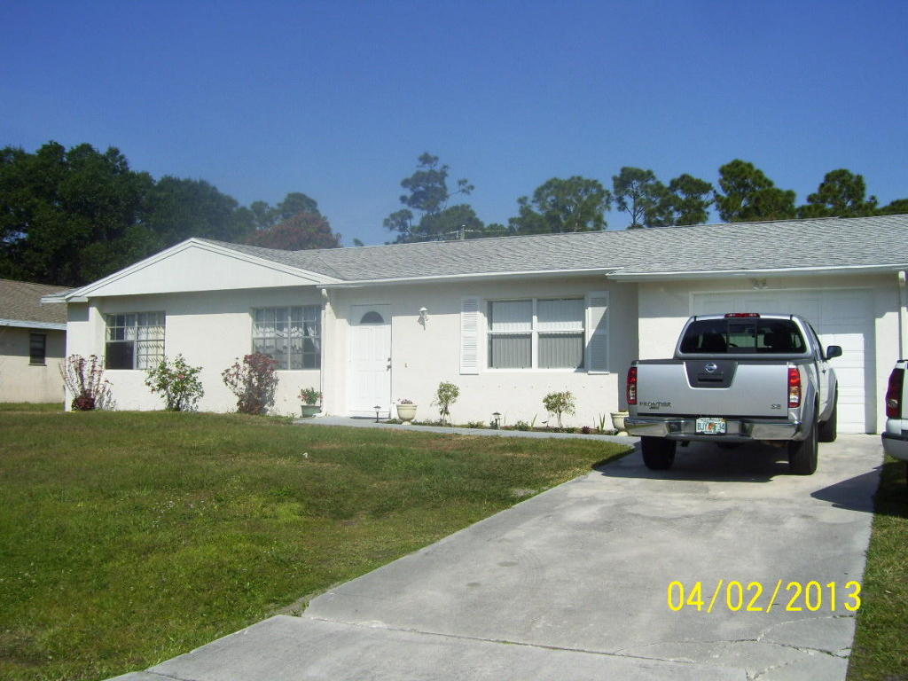 731 Se Albatross Ave, Port St Lucie, FL 34983