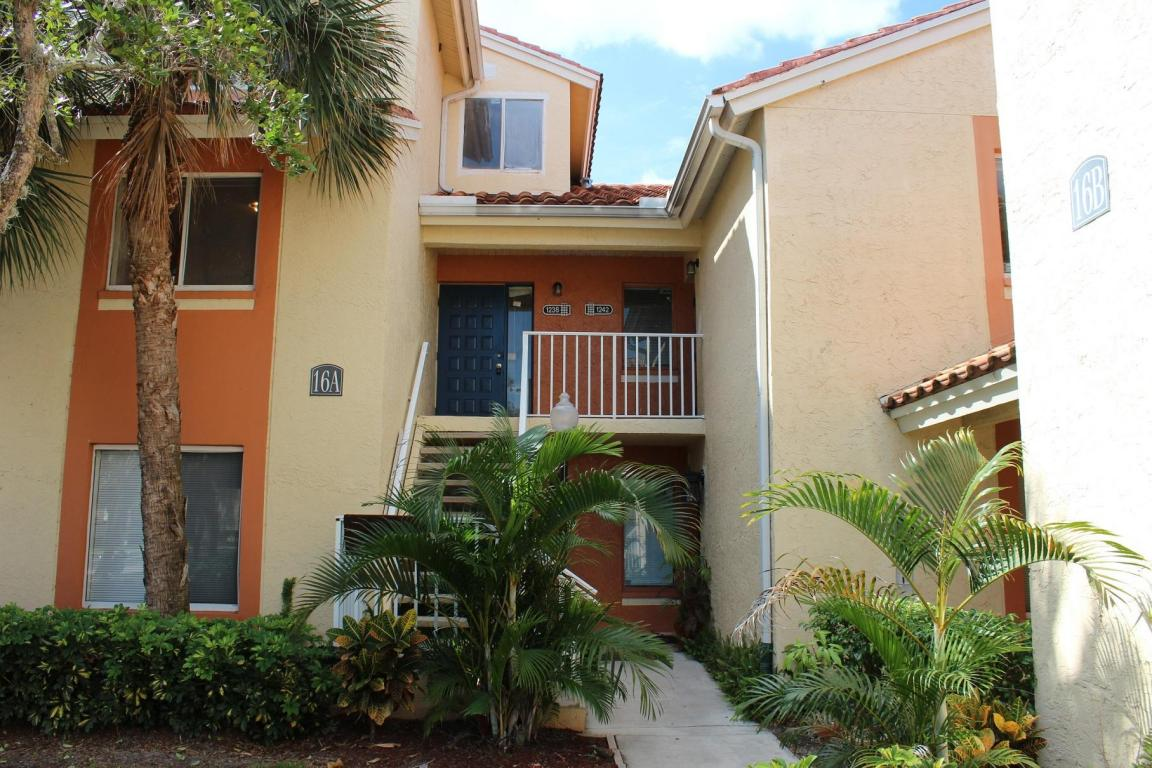 Rental Homes for Rent, ListingId:25982783, location: 1244 The Pointe Drive West Palm Beach 33409