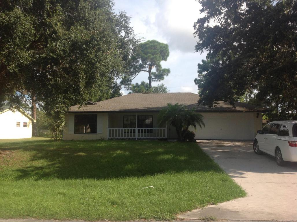 7304 Santa Clara Blvd, Fort Pierce, FL 34951