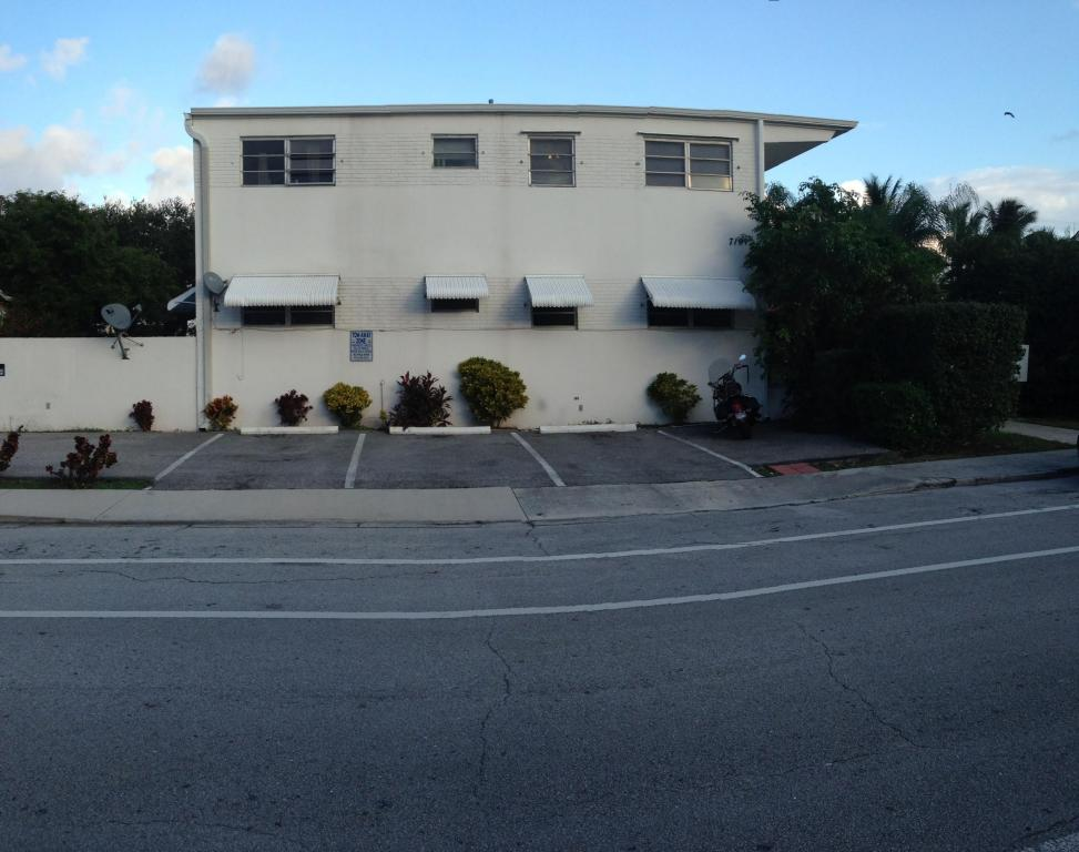 Rental Homes for Rent, ListingId:26065562, location: 710 N K Street Lake Worth 33460
