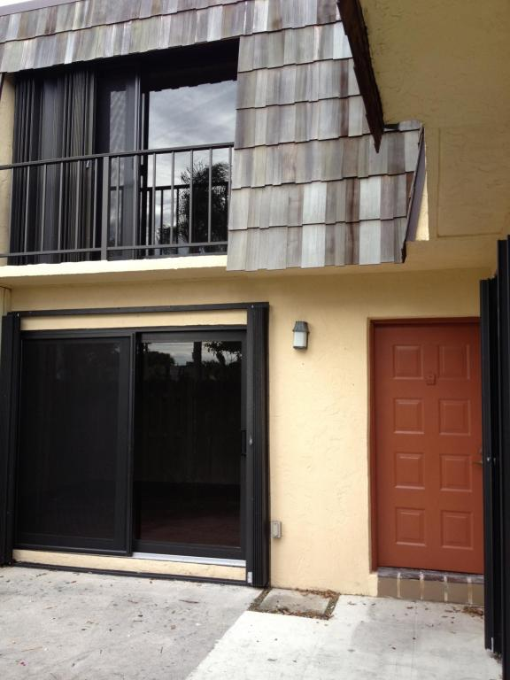 Rental Homes for Rent, ListingId:26144919, location: 2463 Waterside Drive Lake Worth 33461