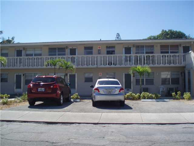 Rental Homes for Rent, ListingId:26159602, location: 201 S J Street Lake Worth 33460