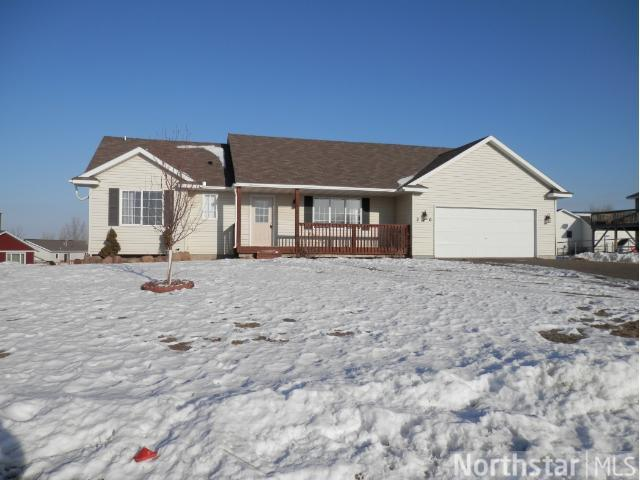210 6th St NW, Maple Lake, MN 55358
