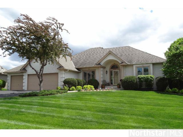8775 Ridge Ponds Dr, Victoria, MN 55386