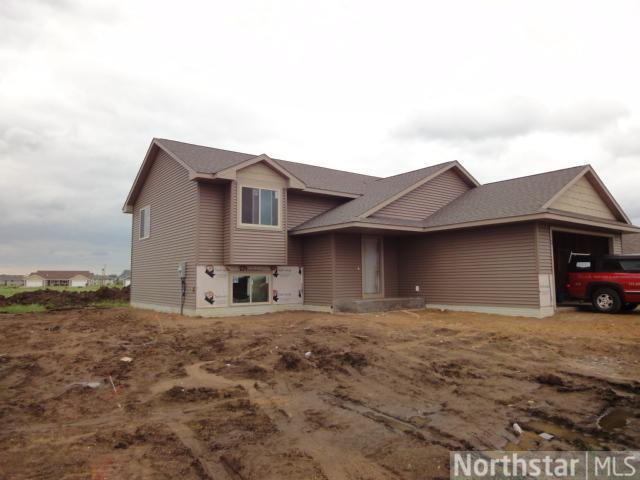 1769 Sequoia Ln, New Richmond, WI 54017