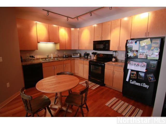 Rental Homes for Rent, ListingId:23519410, location: 2600 University Avenue Minneapolis 55414